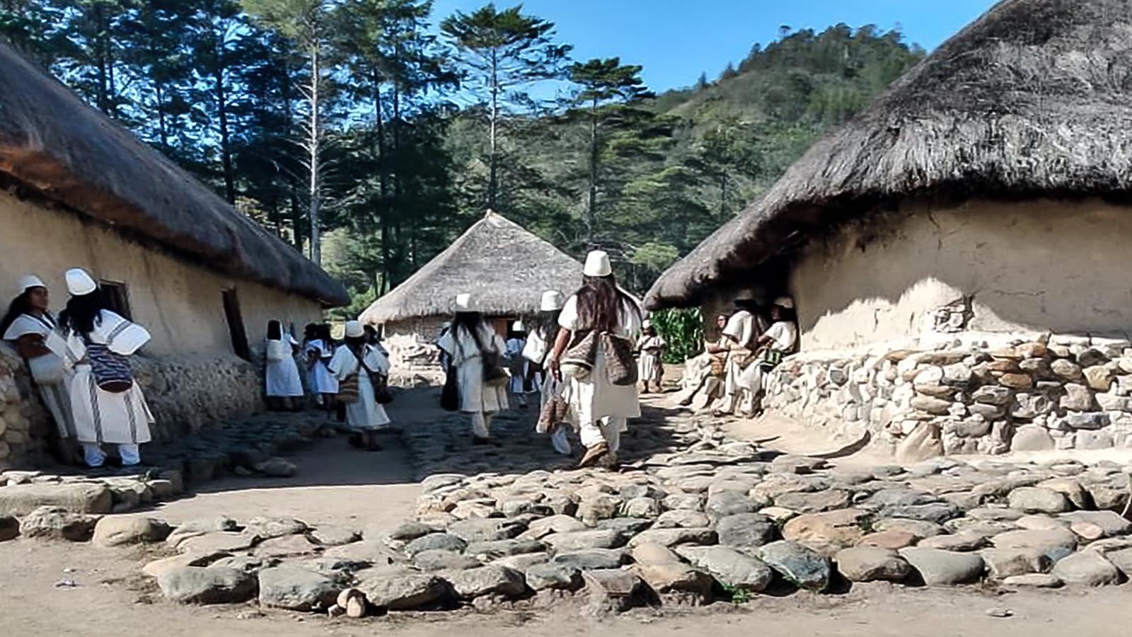 ¿Qué hacían más de 300 indígenas reunidos en plena pandemia?