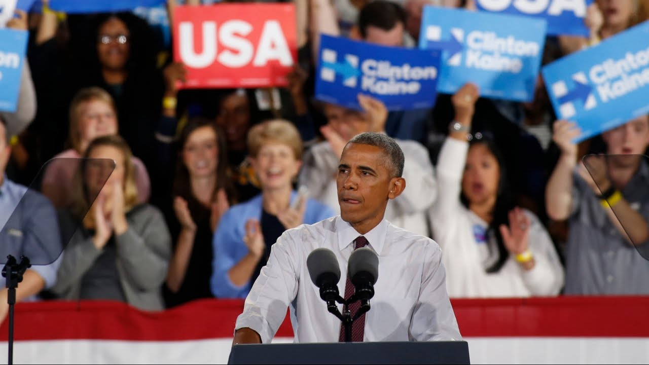 Obama stands up for Trump supporter at rally