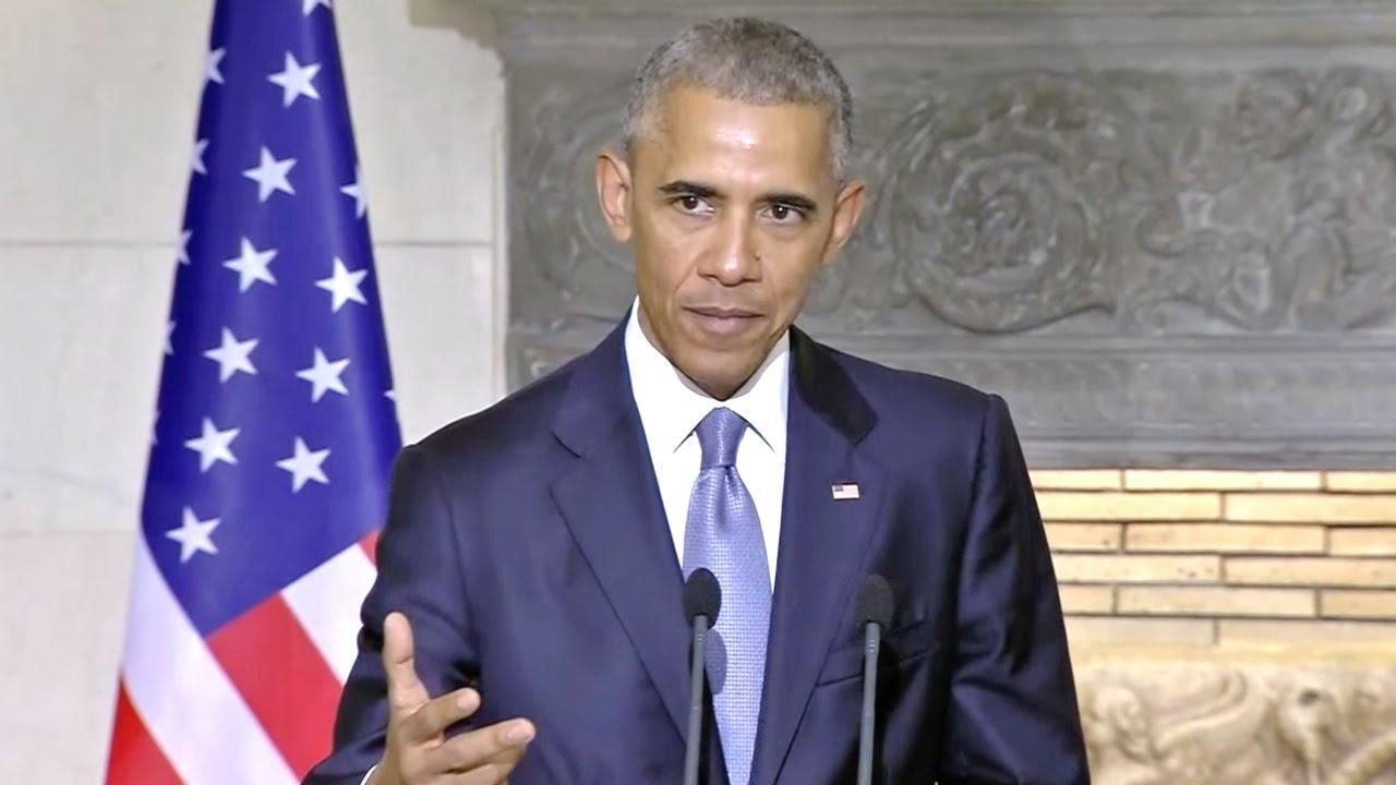 """President Obama Breaks Down Trump's """"US VS. THEM"""" Mentality"""