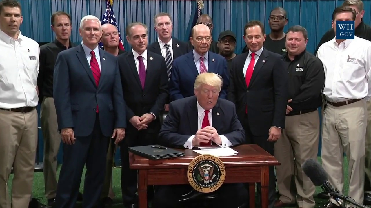 President-Trump-Signs-an-Executive-Order