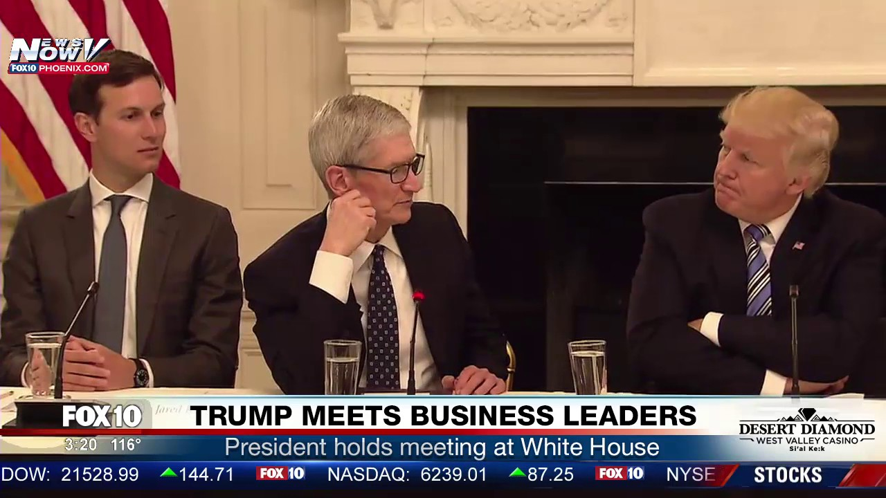 MUST-WATCH-Apple-CEO-Tim-Cook-Meets-With-President-Trump-at-White-House