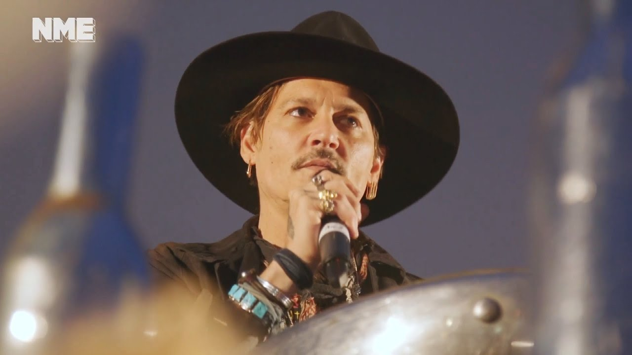 Johnny-Depp-Apologizes-For-Joke-He-Made-About-Assassinating-President-Trump
