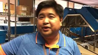 Alfred-Gonzales-explains-how-votes-are-counted-at-Santa