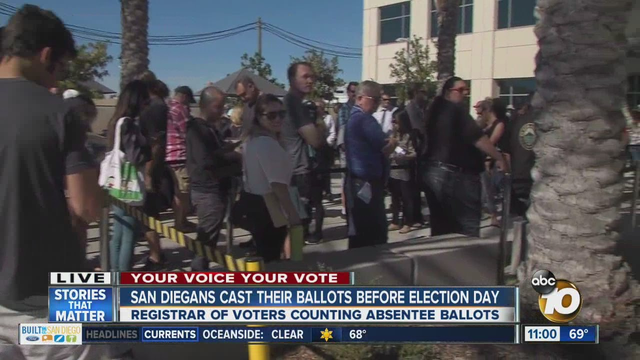 Early-voting-at-San-Diego-Registrar-of-Voters