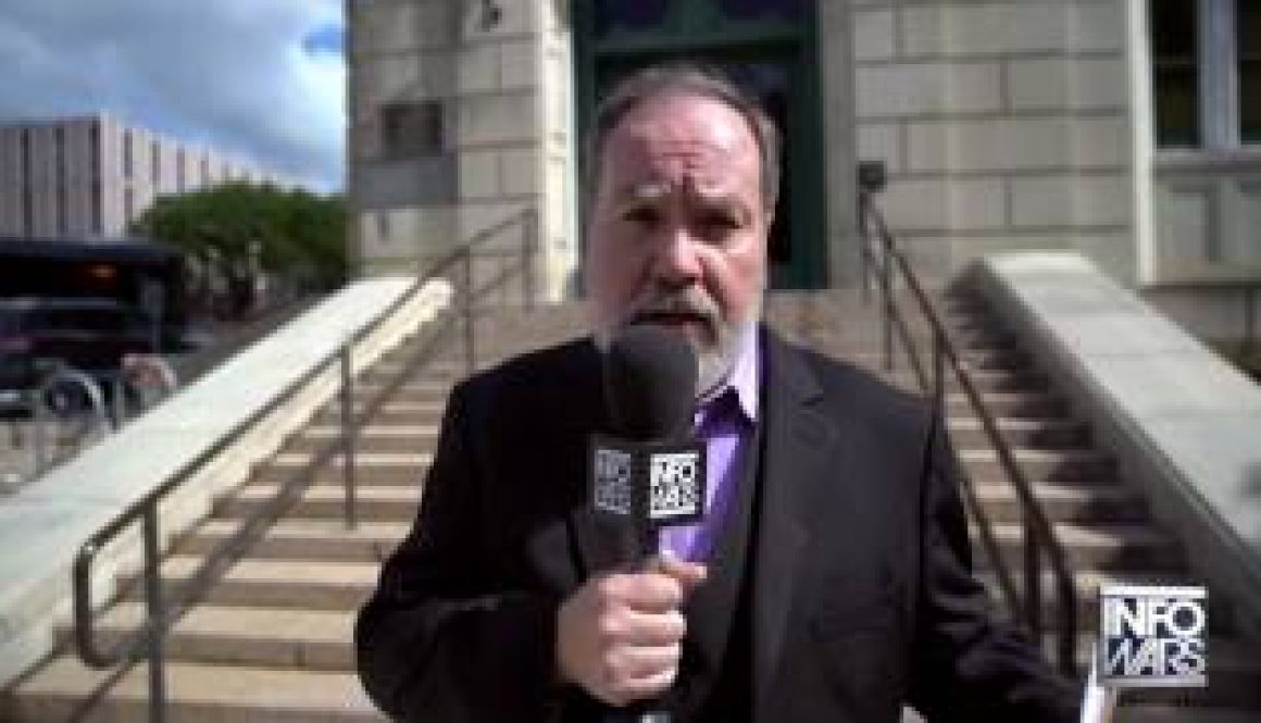 Vote-Rigging-Texas-Dir.-of-Elections-Runs-From-Reporter