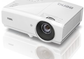 BenQ M7 home theater projector
