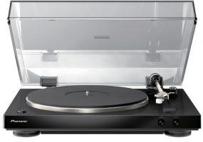 Pioneer Electronics PL-30 turntable