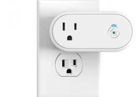 Incipio Outlet works with Apple HomeKit
