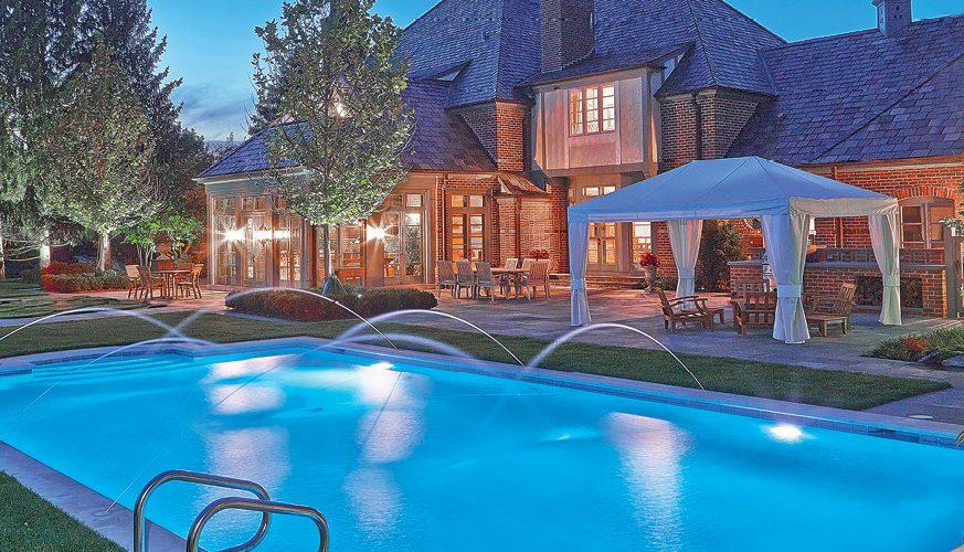pool-FINAL-TWEAKED-goldenne-chris-barry-barr