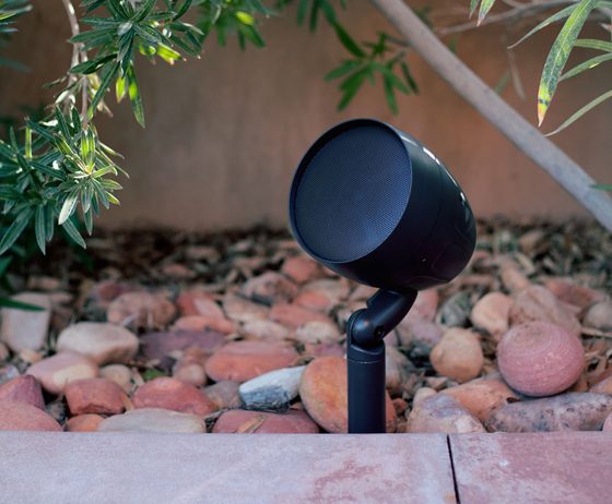 Backyard Music System what to look for in outdoor speakers and outdoor music systems