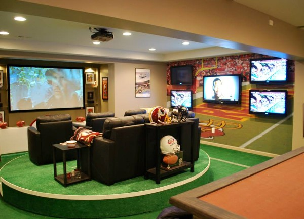 NFLs Super Fan Man Cave Has 7 Screens