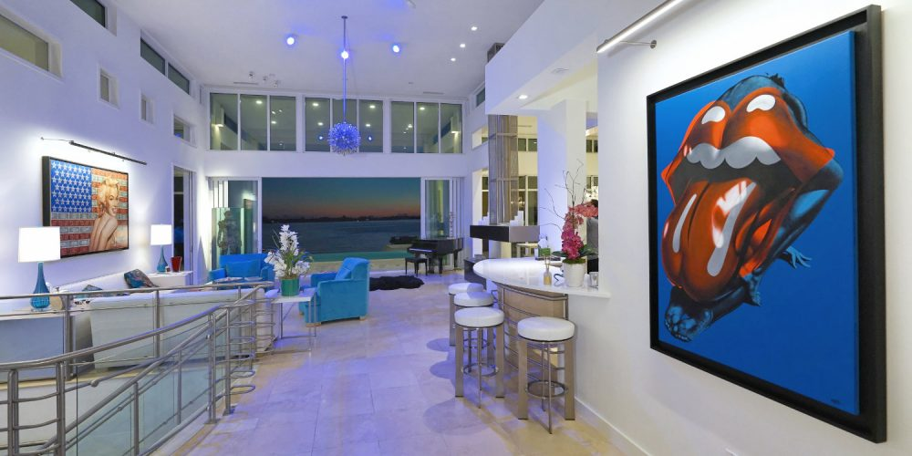 Sarasota Home Displays A Fusion Of Modern Tech Artwork And Style Electronic House