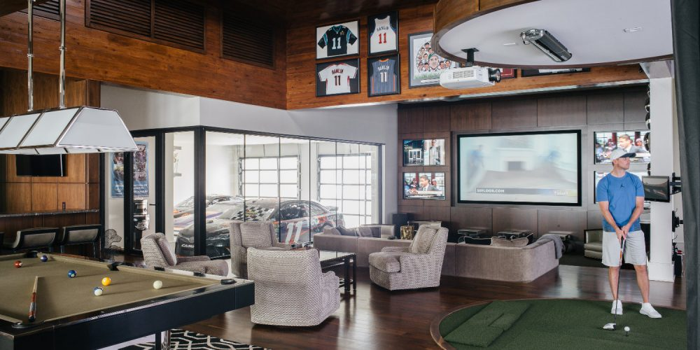 when hes not competing in nascars sprint cup series hes enjoying his new 30000 square foot home in lake norman - Square Foot Home