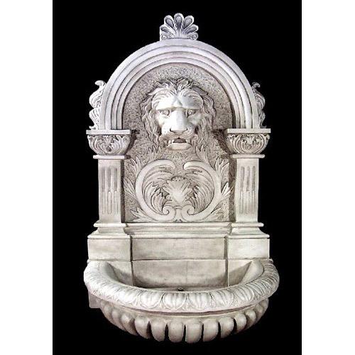 Le Grande Lion Fountain 58