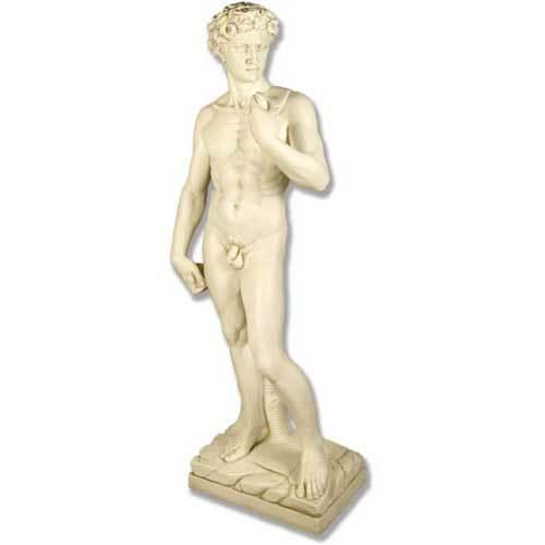 David Stndng Michelangelo 58