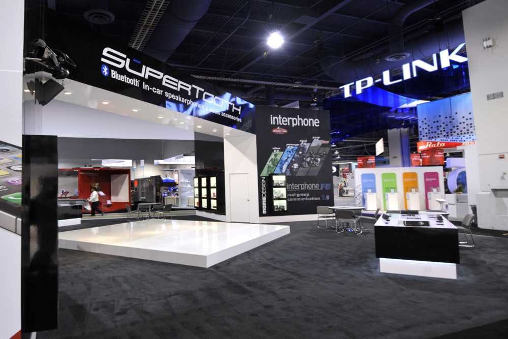 SuperTooth Trade Show Exhibit - image 2