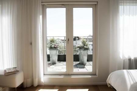 101-hotel-reykjavik-suite-balcony