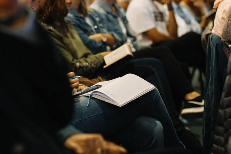 Five Tips to Plan a Successful Panel Event From Another State