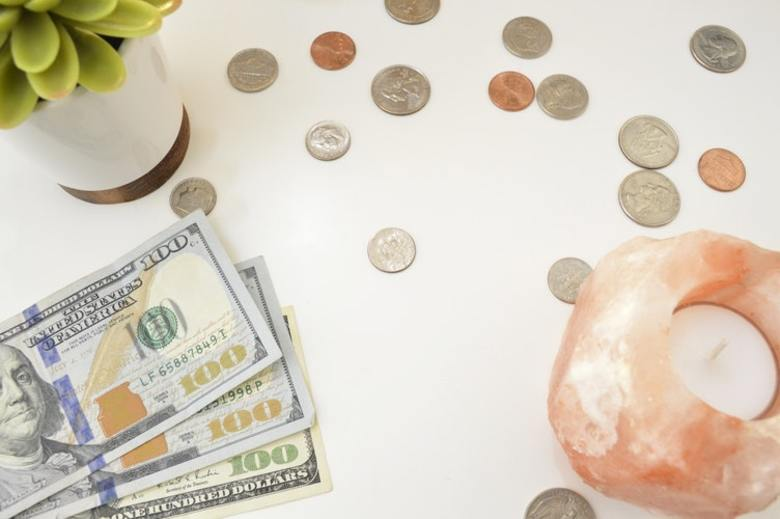 Five Ways to Avoid Building a Cash-Strapped Startup