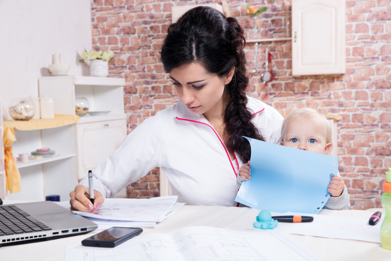 How to Develop a Company Culture Where Working Moms Thrive