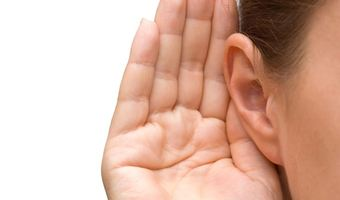 Hand to ear listening2