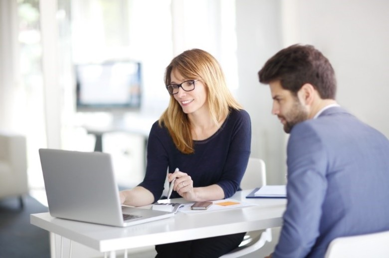 5 Ways Leaders Can Show Appreciation for Their Administrative Assistants