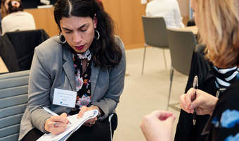 Ellevate network schroders mentor sessions xpro0073 2019 05 01 iso 1250 1 160 s f3.2 35 mm