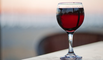 O red wine glass facebook
