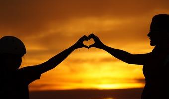 Love 826936 1920