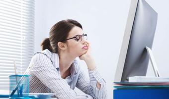 170515 woman bored work stock better ew 129p 3751e015bbe461114aafc2f7d91b2dc5.nbcnews ux 600 480