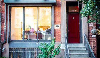 Sara kay gallery facade