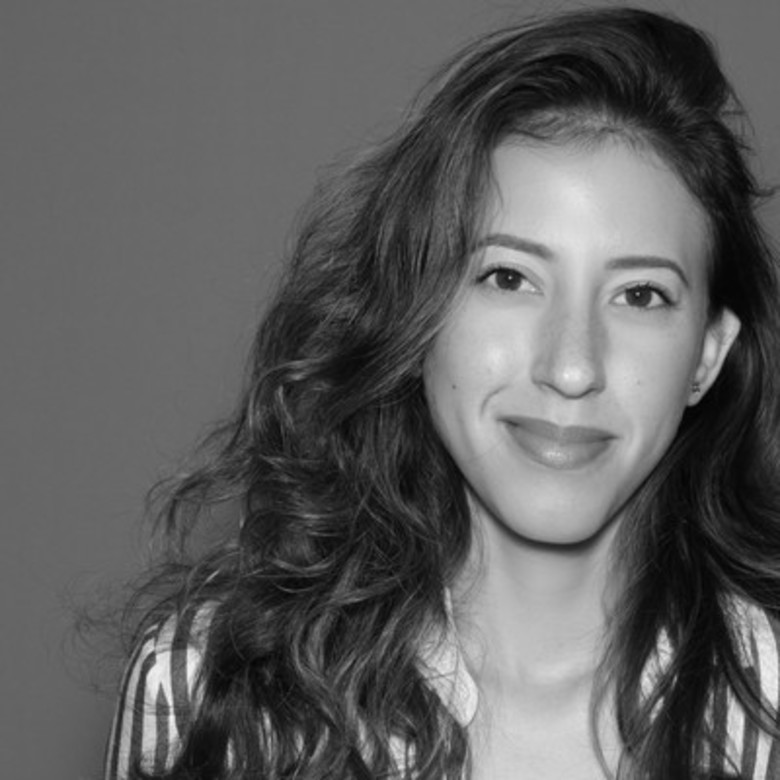 Vanessa Santos Interviewed by VoyageMIA on Pursuing Your Side Hustle with Grace & Confidence