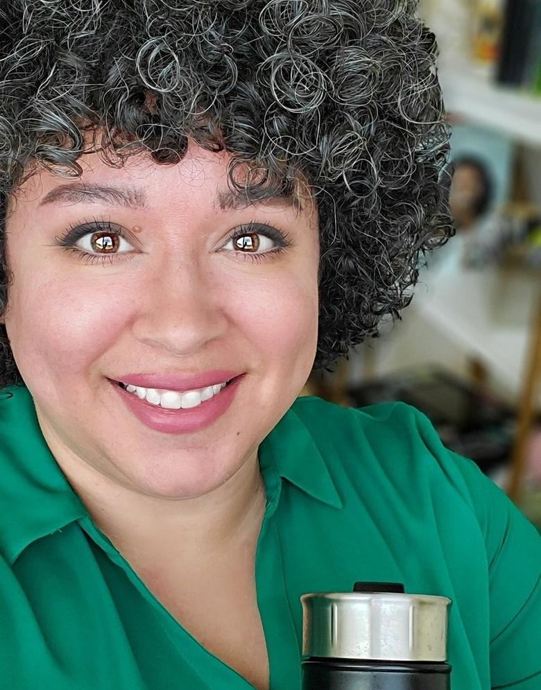 Vanessa Correa, MS Receives Brand Rockstar Award
