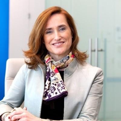 Laura G Molero
