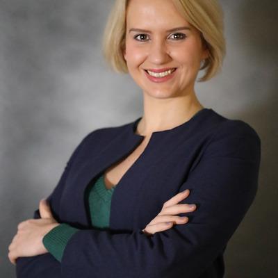 Laura Aiken
