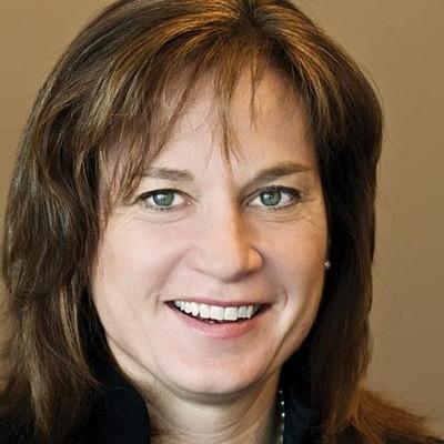 Julie Schmiel,AWM