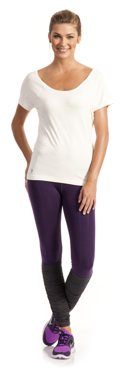 Gleaming Goddess Tee and Laserbeam Legging