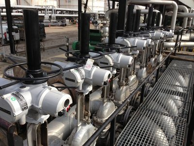 Valve actuator retrofit for large-scale refinery upgrade