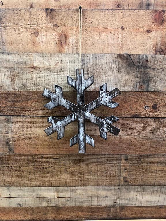 Wooden Snowflake White Wash Large 12 X 12