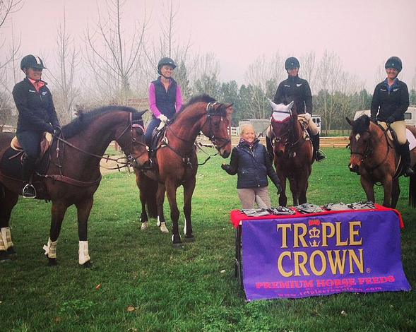 Hawley Bennett-Awad even comes bearing gifts at her clinics! Photo via Hawley's Instragram.