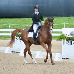 Katie Ruppel and Houdini. Photo by Jenni Autry.