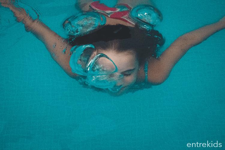 Aprende a nadar en Aqualuz
