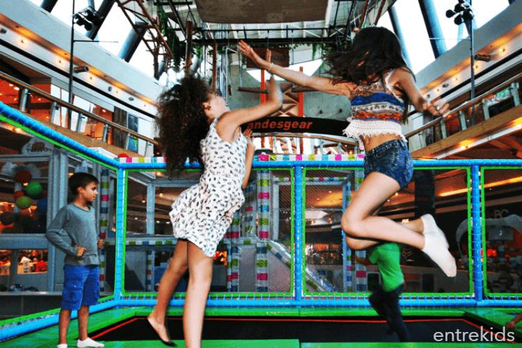 Ven a saltar y divertirte en Jump Park -Mall Sport