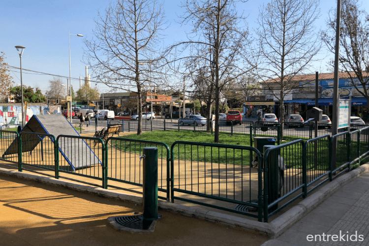 Plaza Hermanos Neut Latour I