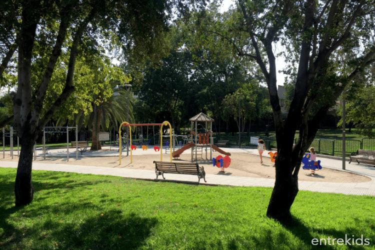 Plaza Las Condesas