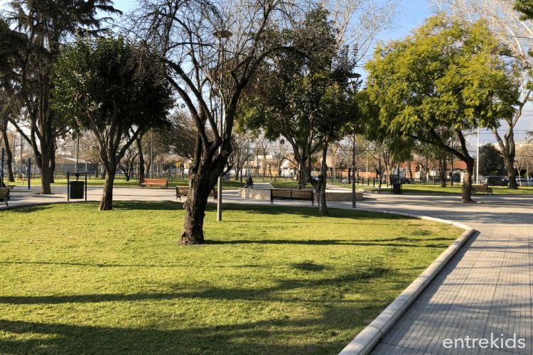 Plaza María Luisa Bombal