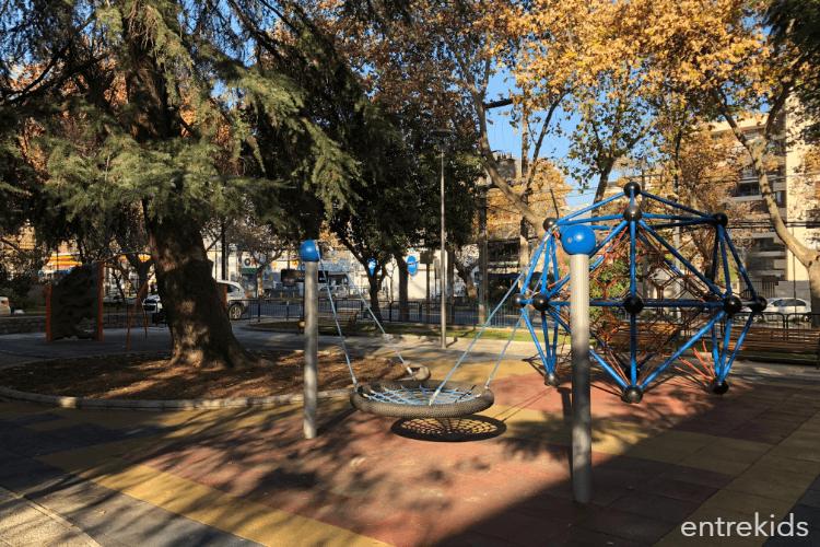 Plaza Raúl Simón Bernard