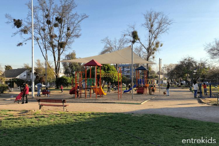 Plaza Augusto D'Halmar