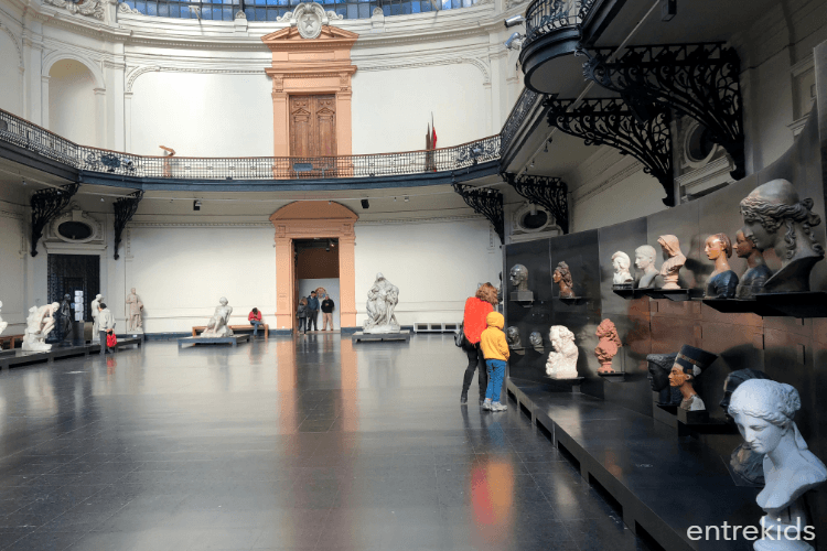 Museo Nacional de Bellas Artes, un clásico en familia
