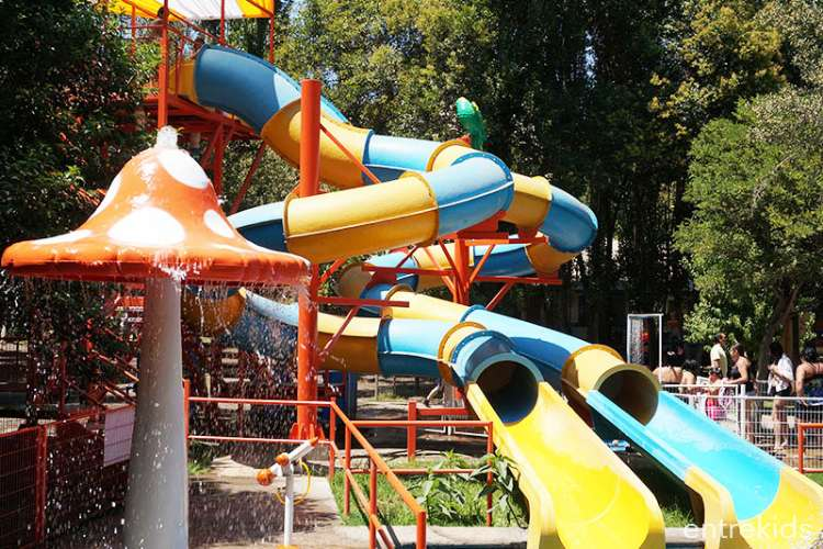 Día en familia en Acuapark El Idilio